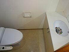 洗面台付のトイレ