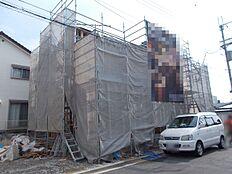 建築中の様子もご確認頂けます。内装はモデルルームへご案内できます