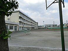 日野市立平山中学校まで1479m