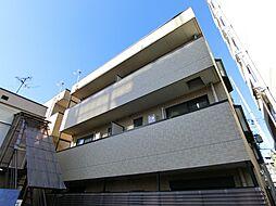 ファミーユ東館[2階]の外観