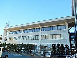 蒲郡市役所 135m