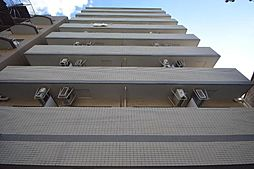 ホワイトハウス[8階]の外観