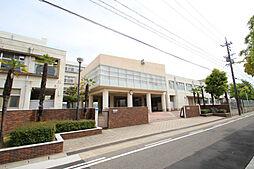 愛知県名古屋市緑区篭山1丁目の賃貸マンションの外観