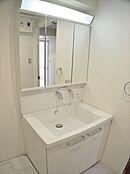 大型3面鏡付洗面台