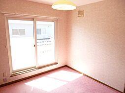 2階は洋室2部...