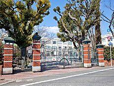周辺環境-小学校(250m)区立板橋第十小学校