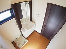2階 洗面。