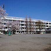 府中市立本宿小学校 860m