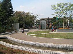 小泉公園も近く...