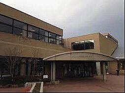 市立図書館 1...