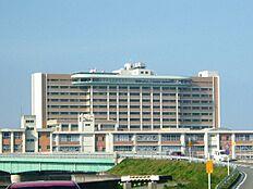 総合病院和歌山県立医科大学附属病院まで2214m