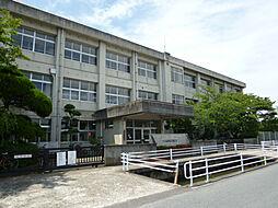 晩成小学校