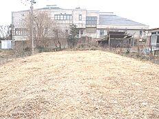 第一種低層住居専用地域の非常に閑静な住宅街です。