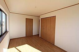 各部屋、収納が...