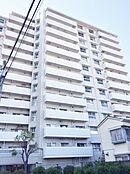 管理体制の整った、12階の窓からは世田谷区を見渡せる高層マンションです。