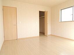 2階9帖洋室に...