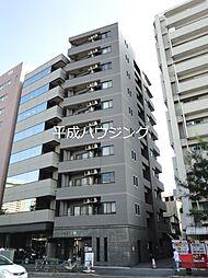 東京都新宿区片町の賃貸マンションの外観