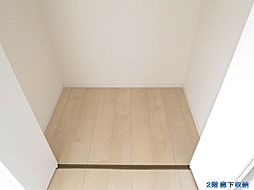 2階ホール(廊...
