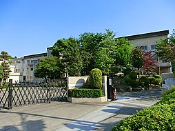 中山中学校