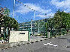 町田市立鶴川第二中学校