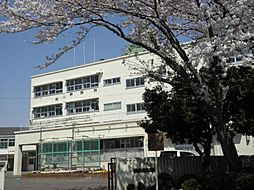 中田中学校
