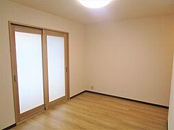長岡市花園東1丁目 戸建て 4LDKの居間