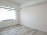 西側約6.0帖洋室。 家具・備品等は価格に含まれます。,4LDK,面積93.31m2,価格1,580万円,高松琴平電気鉄道琴平線 三条駅 徒歩13分,,香川県高松市三条町