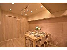 リフォーム済みの新築のようなお部屋です