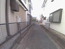 駅徒歩6分。