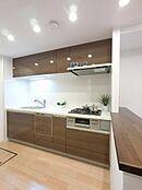 食洗機付きシステムキッチン