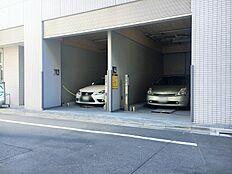 29.400円~/月駐車場も借りられます。ビルトインタイプの駐車場はすぐに車に乗りこめるので便利です