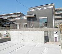 2号棟、現地写真です。現地見学会のお客様は事前にご連絡お願い申し上げます。