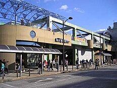 東久留米駅(西武 池袋線)まで1642m、東久留米駅(西武 池袋線)より徒歩約20分。