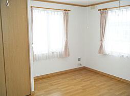 2F北東側洋室