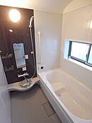 浴室 施工例は実際には異なる場合がありますので、詳細は店舗へお問合せくださいませ。
