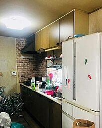 収納スペース豊富なキッチンスペース