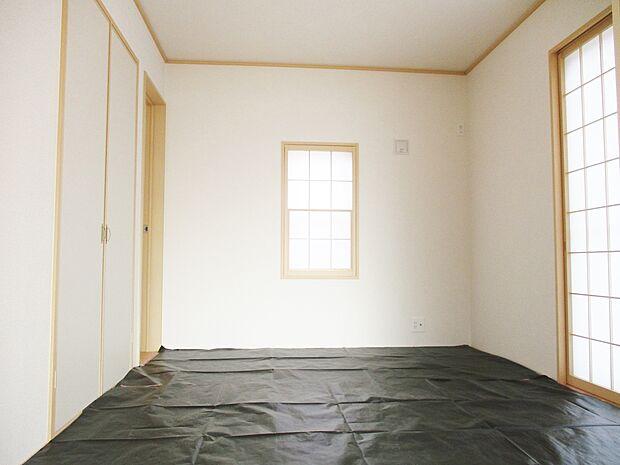 【同社施工例】リビングに隣接する和室