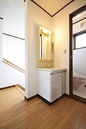 2階トイレ前洗...