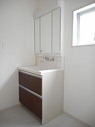 1階洗髪洗面台...