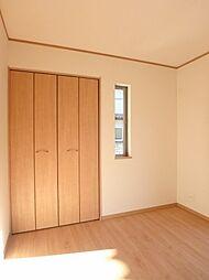 1F洋室の収納...