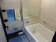 浴室乾燥機付きのユニットバス