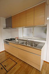 新品のキッチン...