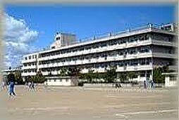 幸町中学校