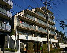 東急多摩川線「下丸子」駅徒歩4分。スーパー、コンビニが500m圏内に揃いお買物便利です
