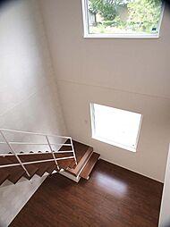 リビング階段で...