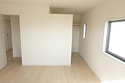 2階洋室、ウォ...