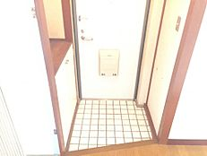 玄関にはシューズボックス