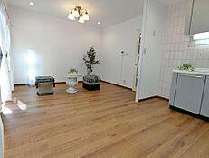 色々な家具の配置がしやすいリビングです。