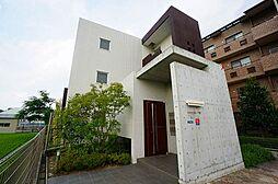 兵庫県川西市栄根2丁目の賃貸マンションの外観