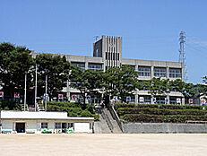 太子町立太子東中学校 1960m